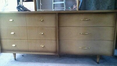 Vtg 3Pc BASSETT MidCentury Cali Modern Bedroom Set Dresser Mirror Highboy Chest