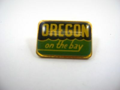 Vintage Collectible Pin: Oregon on the Bay