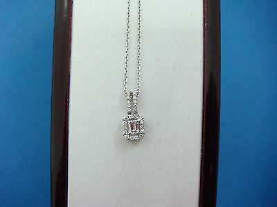 Gorgeous 0.40 Ct High End Small Emerald Cut And Halo Diamonds Pendant With Chain
