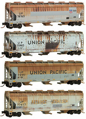 Micro-Trains MTL N-Scale 3-Bay Covered Hoppers Union Pacific/UP Weathered 4-Pack