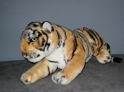 Peluche  TIGRE Couché  -  Long:  36 cm ( sans la queue )
