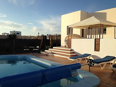 4 Bed Villa with Private Heated Pool in Playa Blanca, Lanzarote