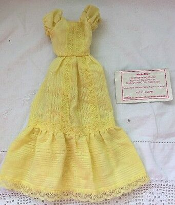 Vintage MAGIC CURL Barbie Doll YELLOW DRESS + MAGIC MIST POWDER PACKAGE