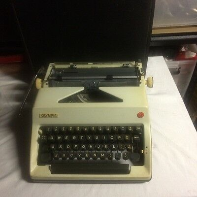 Typewriter Olympia, West Germany, good working condition