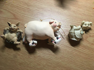 LOT OF **3** PIG FIGURINES piglet pigs farm animals statues collectibles