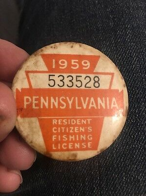 Vintage 1959 PA Resident Fishing License Badge Button