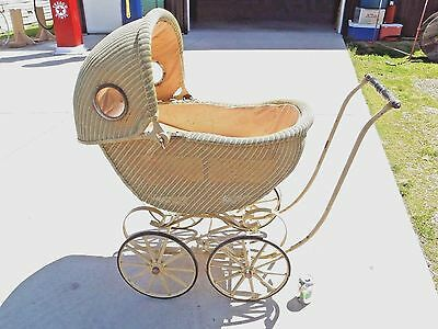 1910 Antique Original Wicker Baby Carriage Buggy Stroller Vintage Nice Full Size