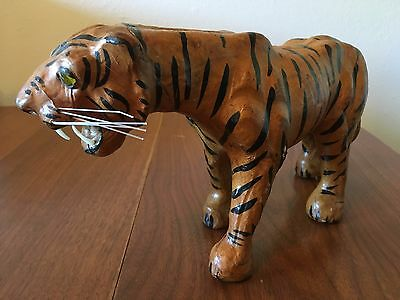Bengal Tiger Statue Wild Animal Figurine Big Cat Vintage