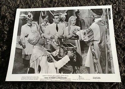 HOW TO MARRY A MILLIONAIRE 2 8x10 stills '53 Betty Grable, Marilyn Monroe
