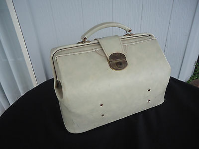 vintage  off white lawn bowls bag harris leather goods vinyl carry case