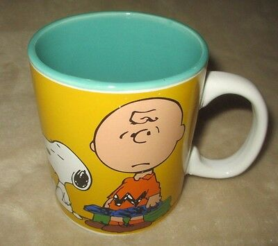 "PEANUTS CHARLIE BROWN & SNOOPY COFFEE MUG  ""The World Is Filled With Monday's"""