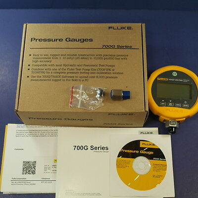 Brand New Fluke 700 G27 300 PSIG Pressure Gauge, Original Box!
