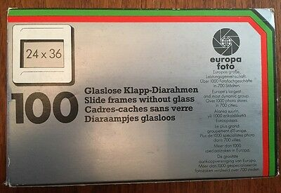 Europa Foto Box of 100 x 35mm Glassless Plastic Slide Mounts Frames