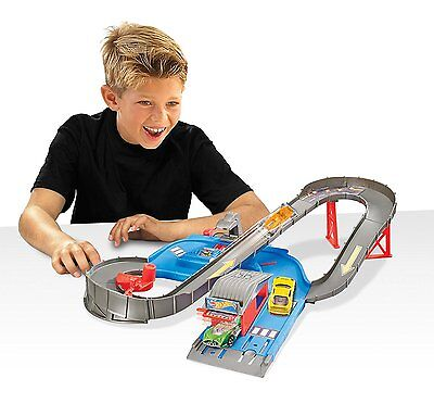 Hot Wheels City Speedway Trackset Car Racing Launcher Action Toy Playset NEW