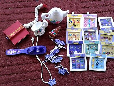 PLAYMATES~ Amazing Ally Doll  Accessories Lot~ EUC