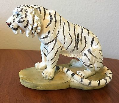 "3.5"" x 4.5 "" Siberian White Tiger Statue Cat Polystone Wild Animal Figurine"