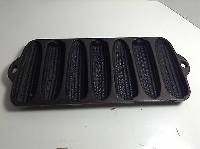Vintage Wagner Ware Corn Cobs Cast Iron Cornbread Pan. Made In The USA.