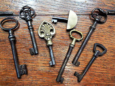 Lot Of 7 Antique French Ornate Key ,skeleton, Furniture, Barrel, Cabinet, Lock