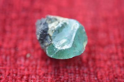 ANCIENT ROMAN GLASS  FRAGMENT ! 6.4g  1 PIECE   #0202