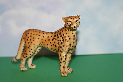 Schleich Cheetah Female Standing from the Wild Life Figure