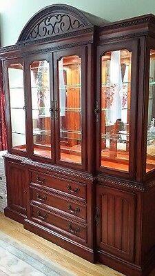 Hickory White 'Legends' China Cabinet Breakfront. Egg and Dart