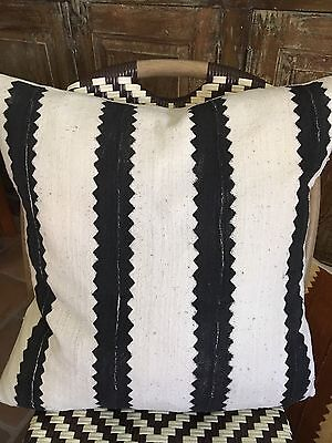 Mother's Day Sale..Vintage Black & White Zig Zag Euro Mud Cloth Pillow Cover!