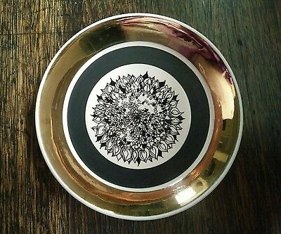 Vintage Wade  small decorative plate dish