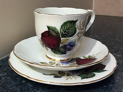 Royal Grafton Fruit Design Cup, Saucer & Side Plate Trio Made in England
