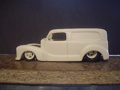Resin Austin Custom Delivery  Body  1/24 1/25  Scale