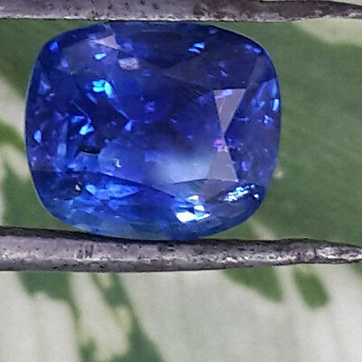 3.80ct  LUSTROUS SRI LANKA EARTH MINED***CORNFLOWER COLOR NATURAL BLUE SAPPHIRE
