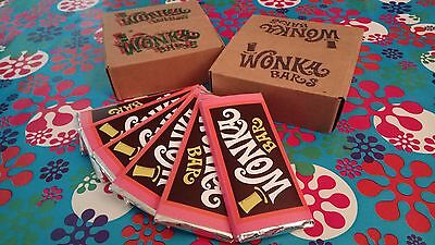 Classic Willy Wonka Bar box 10 bars with Golden Ticket prop