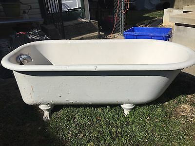antique cast iron white claw foot tub