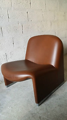 Fauteuil chauffeuse Alky Giancarlo Piretti vintage années 60 70 design
