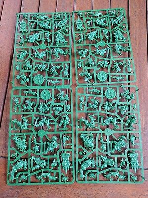 2 Full sets of Orks from Bloodbowl box NOS