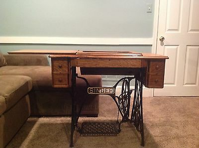 Antique Singer Treadle Sewing Machine Cast Iron Base, Drawers & Oak Cabinet