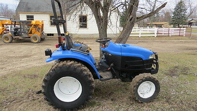 New Holland TC33 Compact Tractor