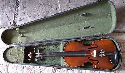 ANTIQUE 4/4 VIOLIN with case - Circa 1900.