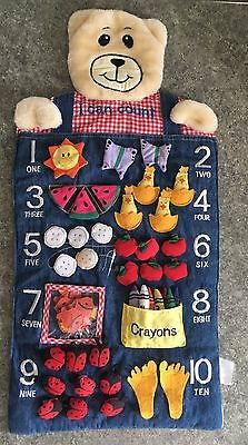 Bear I Can Count Material Wall Hanger
