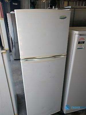 284L Westinghouse frost free fridge freezer with warranty