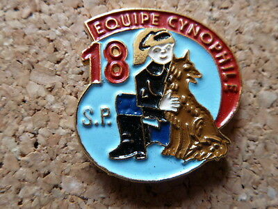 Pin's Pompiers : Equipe Cynophile, 18, Sp - Firemen -