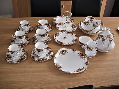 Royal Albert 'old Country Roses' Tea Set 35 Pc