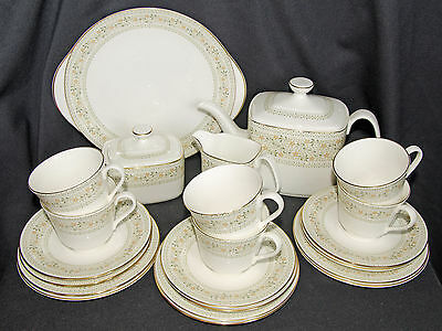 Royal Doulton Paisley Full 22 Piece Tea Set Excellent Condition