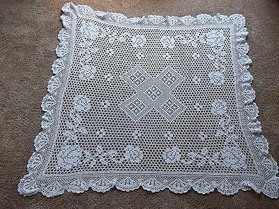 """VERY NICE VINTAGE WHITE CROCHET TABLECLOTH~42"""" x 42""""~EXCELLENT CONDITION~LQQK!"""
