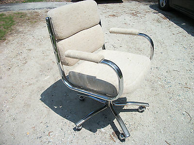 Mid Century Modern Beige Chrome Pollock Style Swivel Office Chair