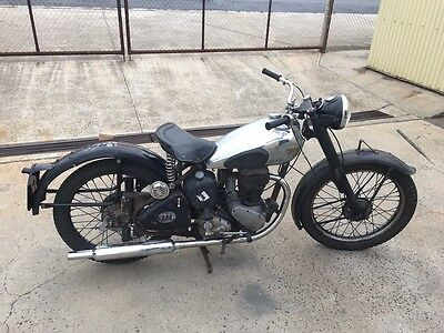 BSA 250cc SINGLE RESTORERS PROJECT