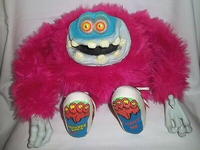 1988 GIGGLEE EYES MONSTER Plush Vinyl PINK CHARACTERS FROM CLEVELAND Doll Vtg
