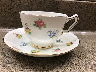 Crown Staffordshire Fine Bone China FLORAL BOUQUET Footed Tea Cup Saucer Gold
