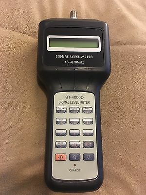 Signal Level Meter - Holland Electronics St-4000D
