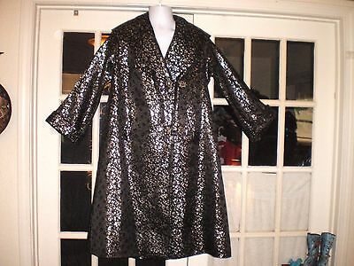Stunning Old Chinese Silk Brocade Embroidered Black & Silver Opera Coat/Jacket
