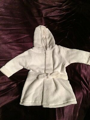 Girls White Soft Touch Baby's Hooded Bath Robe/Dressing Gown Up To 6 Months